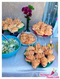 Ideas para fiesta de cumpleaños de la Sirenita de Disney. Encuentra todos los artículos para tu fiesta en nuestra tienda en línea: http://www.siemprefiesta.com/fiestas-infantiles/ninas/articulos-la-sirenita.html?limit=all&utm_source=Pinterest&utm_medium=Pin&utm_campaign=Sirenita