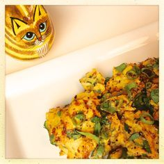 (Use egg whites only; omit oil) Scrambled Eggs with Turmeric and Black Pepper - Did you know that black pepper helps your body absorb turmeric? This powerful spice duo just happens to be delicious, too!