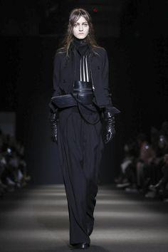 Ann Demeulemeester Ready To Wear Fall Winter 2015 Paris
