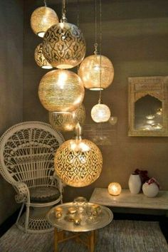 ▷ 130 + ideas for oriental decoration - pure luxury in your home .- ▷ 130 + Ideen für orientalische Deko – Luxus pur in Ihrer Wohnung oriental fabrics many lamps subtle light in the small room armchair candle miniregal tray table decor - Moroccan Room, Moroccan Decor, Neutral Bedroom Decor, Asian Decor, Chandelier, Wall Decor, Pure Products, Table Decorations, Home Decor