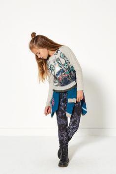 Glamping | Fashion | Top | Print | Cardigan | Blue | Pants | Print | Lookbook