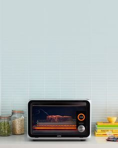 The June Intelligent Oven™ is a powerful and easy-to-use computer-based oven that makes everyone a better cook.