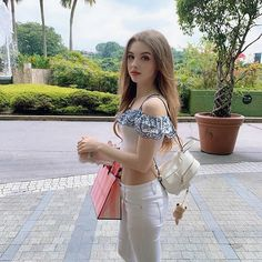 40 Sexy Girls Looking like Doll – Beautiful Girlzs Young Girl Fashion, Preteen Girls Fashion, Beauty Full Girl, Cute Beauty, Beautiful Girl Image, Beautiful Asian Girls, Gorgeous Girl, The Most Beautiful Girl, Sexy Asian Girls
