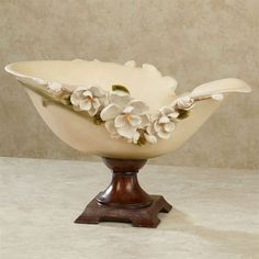 Filled with grace and sweet Magnolia Charm, these elegant blossoms are ones you are sure to admire. Creamy ivory, resin centerpiece bowl has ivory blooms, a shapely top, and a brown base. Decorative use only. Wooden Vase, Ceramic Vase, Vase Centerpieces, Vases Decor, Wall Vases, Cool Ideas, Vase Crafts, Clay Crafts, Pottery Vase