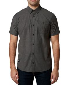Button-up some soft comfort and cool style with the stretch chambray finish and sleek lines of the Baja short sleeve shirt by Fox. Mens Button Up, Short Sleeve Button Up, Casual Button Down Shirts, Casual Shirts, Black Button, Collarless Shirt Men, Fox Man, Stretch Shorts, Outdoor Outfit