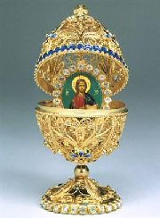 FABERGÉ eggs__Carl Faberge Egg :: Religious Pictures were often inside Lausanne, Cool Easter Eggs, Fabrege Eggs, Faberge Jewelry, Culture Art, Religious Icons, Religious Pictures, Imperial Russia, Saint Petersburg