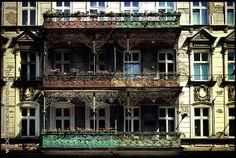 ul. Piastowska  #Wroclaw #Breslau #Poland #architecture #tenement #artnouveau Art Nouveau, Architecture, Big Ben, Poland, Mansions, House Styles, City, Building, Travel