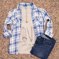 """• LOVE Tank Top • Adorable and Comfy Gray """"LOVE into the wild"""" Tank Top from Workshop. Never worn! Size XS. **Price negotiable.                                                            FAST SHIPPINGNON SMOKER Tops Tank Tops"""