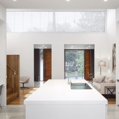 Counterpoint House is a minimalist house located in Toronto, Canada, designed by Paul Raff Studio Architects. (10)