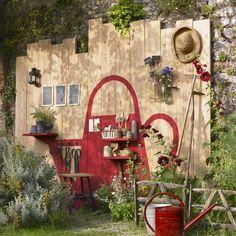 Un panneau de rangement pour le jardin