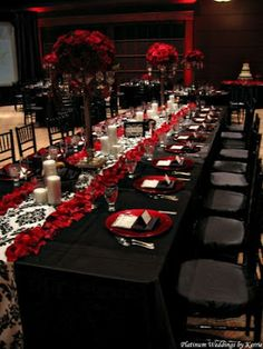 Black And Red Table Setting Wedding Decor Reception Flower Arrangement Centerpiece By Pearlie