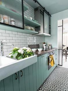 New Kitchen Colors Country Shelves Ideas Green Kitchen Designs, Kitchen Colors, Interior Design Kitchen, Home Design, Design Ideas, Design Küchen, Kitchen Layout, Layout Design, Design Inspiration