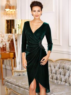 1222201 green Embellished velour maxi dress