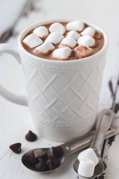 This homemade hot chocolate mix is super creamy and SO delicious! Make a big batch for the winter or just a single serving, OR give it as a gift!