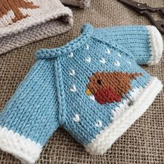 Pattern by @littlecottonrabbits . . #knit #handmade #amigurumi #yarnlove #yarn #手編み #編み物 #knitting #手作り #handknit #sweater #cute #可愛い #handmadeknit #clothes #toy #handmadetoys #コーデ #friends #love #diy #häkeln #haken #stricken #needles #littlecottonrabbits #セーター