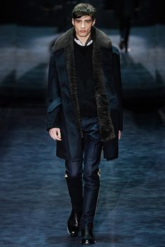 Gucci - Fall 2012 Menswear - Look 34 of 43?url=http://www.style.com/slideshows/fashion-shows/fall-2012-menswear/gucci/collection/34