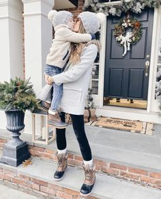 Mom and Me Hat Set, Father Son Hats, Childrens Hats, Knitted Hat Set Gift Snow Outfits For Women, Stylish Mom Outfits, Casual Winter Outfits, Fall Outfits, Cute Outfits, Clothes For Women, Winter Snow Outfits, Mom Clothes, Matching Outfits
