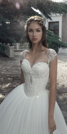 """Happy Tuesdayloves! If you're still searching for """"The One"""" (your wedding dress), have Igot a treat for you today"""