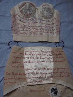 Chagrin d'amour brodé sur des dessous féminins - Journal textile - Nadine Levé