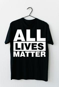 Black Lives Matter. Stoppt den Rassismus auf unserer Erde und spreaded diese Nachricht mit diesem T-Shirt, dass sich auch optimal als Geschenkidee entpuppt. #BLM #BlackLivesMatter #ALM #AllLivesMatter #Antirassismus #georgefloyd Politics, Mens Tops, Black, Design, Fashion, Earth, Moda, Black People