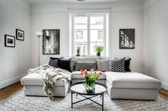 A Luxury Apartment In Stockholm: Sekelskiftesvåning by Dreamhouse Decorations http://interiorsxdesign.com/2018/01/17/sekelskiftesvaning-by-dreamhouse-decorations/?utm_content=buffer11db3&utm_medium=social&utm_source=pinterest.com&utm_campaign=buffer