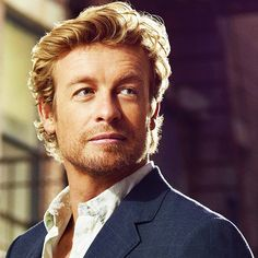 "Simon Baker as Patrick Jane in ""The Mentalist"""