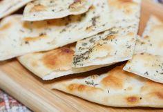 Ricetta Focaccia senza lievito - La ricetta di Piccole Ricette Challah, Beignets, Flan, Cooking Tips, Dairy, Food And Drink, Bread, Cheese, Biscotti
