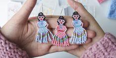 Seed Bead Earrings, Fringe Earrings, Women's Earrings, Seed Beads, Frida Kahlo Earrings, Diy Jewelry, Crochet Necklace, Lady, Vestidos