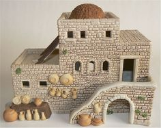 Bethlehem Christmas Toys, Christmas Decorations, Clay Crafts, Diy And Crafts, Easter Play, Small Soldiers, Christmas Program, Ancient Architecture, Decorative Tile