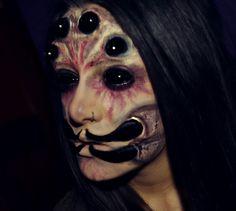 spider queen halloween makeup by DidiDiamond Makeup Fx, Creepy Makeup, Face Paint Makeup, Queen Makeup, Halloween Kostüm, Halloween Face Makeup, Halloween Fashion, Spider Makeup, Horror Make-up