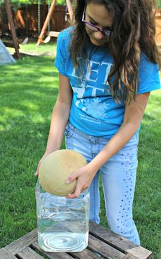 Exploring physics with kids. Ideas for books and a density/buoyancy experiment with fruits and veggies
