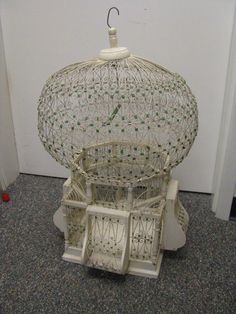 VINTAGE ANTIQUE LARGE ARCHITECTURAL WIRE  WOOD BIRD CAGE VICTORIAN STYLE
