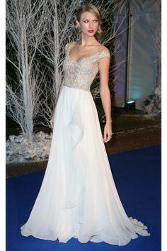 I love Taylor's dress!