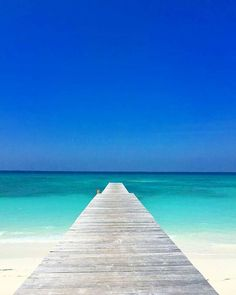 Explore the most beautiful places in Bahama ▶️ . Beautiful Places To Visit, Beautiful Beaches, Wonderful Places, Seychelles, Beach Bodys, Beach Vibes, Visit Maldives, Beaches In The World, Scenic Photography
