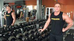 Ćwiczenie na mięśnie kapturowe.  #sport #siłacz #kulturysta http://sterydy.top