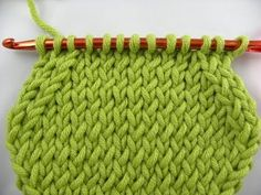 Knooking - removing or decreases (IN GERMAN - If you are familiar with knooking, you can watch this video to learn this stitch... The video is very good... Deb)