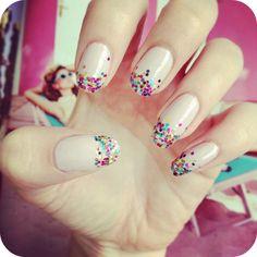 burkatron: simple glitter fade nail art DIY: