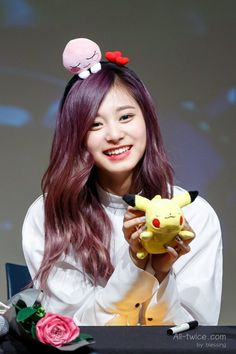 "korean-dreams-girls: ""Tzuyu (Twice) - Gangnam Fansign Event Pics "" Nayeon, Cute Asian Girls, Cute Girls, Tzuyu Wallpaper, Evil Girl, Tzuyu Twice, Perfect Boyfriend, Dahyun, Dead To Me"
