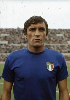 """gigi riva"" - Cerca con Google World Football, Sport Football, Football Cards, Football Players, Turin, Fifa, Sports Stars, Big Men, Rugby"