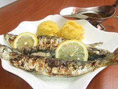 Sardină la grătar Sardinia, Risotto, Dan, Ethnic Recipes, Food, Essen, Meals, Yemek, Eten