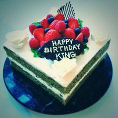 Gangrene tea with Aduki cream Happy Birthday King, Birthday Cake, Menu, Cream, Sweet, Desserts, Food, Menu Board Design, Creme Caramel