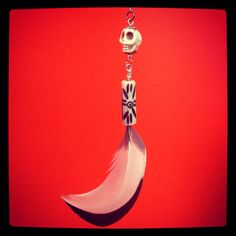 Day of the dead long drop skull and guinea fowl  feather by HFCO, £15.00. #Europeanstreetteam #Etsyeurope