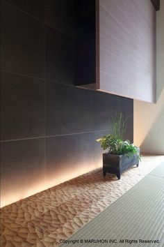 Japanese Modern Interior, Japanese Modern House, Japan Design, Zen Interiors, Tatami Room, Japanese Buildings, Indirect Lighting, Solid Wood Flooring, Natural Interior
