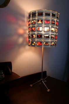 Upcycle photo slides to a hip lamp. Tutorial.