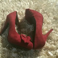 Beautiful Burgundy Shoes Dollhouse heels burgundy in suede like material NWOT. New without tags have not been worn. No visible flaws. Dollhouse Shoes Heels