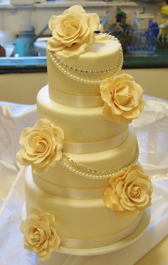 Lovely yellow cream wedding cake