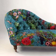 *NEW PIECE OF FURNITURE* Bloomsbury Garden Chaise in Teal is now available to buy from our website. If interested please contact customerservices@timorousbeasties.com #furniture #upholstery #florals #print #timorousbeasties