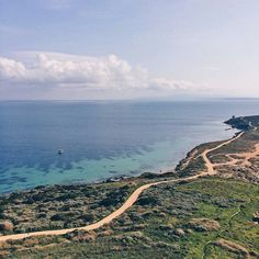 Buongiorno con il panorama dalla torre di San Giovanni di #Sinis: siamo in #Sardegna e la foto è di @ch_ecco local manager di @igersoristano. Uno scatto per il progetto #igersinitaly di @igersitalia by lacronacaitaliana