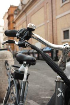#Bike in #RioneMonti. Via dei Serpenti, Rome. #bicycle