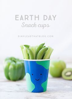 Go green this Earth Day! Make these easy Earth Day snack cups and enjoy 10 healthy, green snack ideas! Earth Day Activities, Activities For Kids, Crafts For Kids, Earth Day Tips, Earth Day Crafts, Arbour Day, School Snacks, Kid Snacks, Toddler Snacks